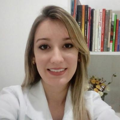 Ana Caroline Correia de Almeida de Jesus