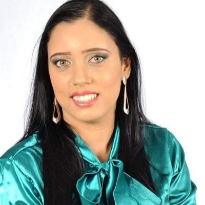 Munique Andrade Oliveira Lima
