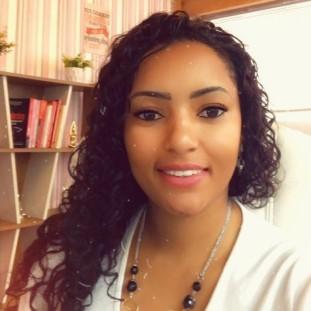 Sarah Stepahny Souza