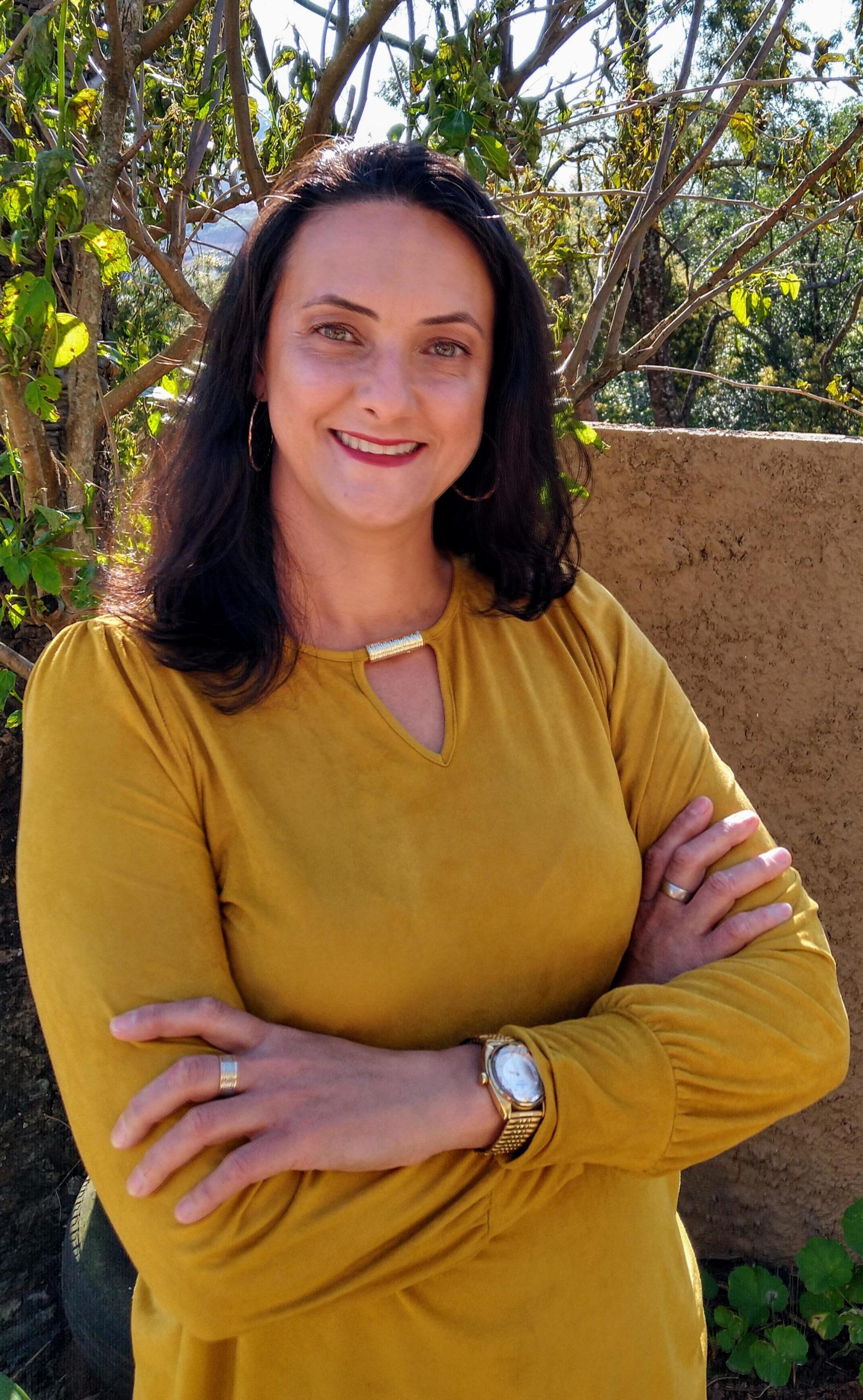 Mônica Regina Tomazini Tavares